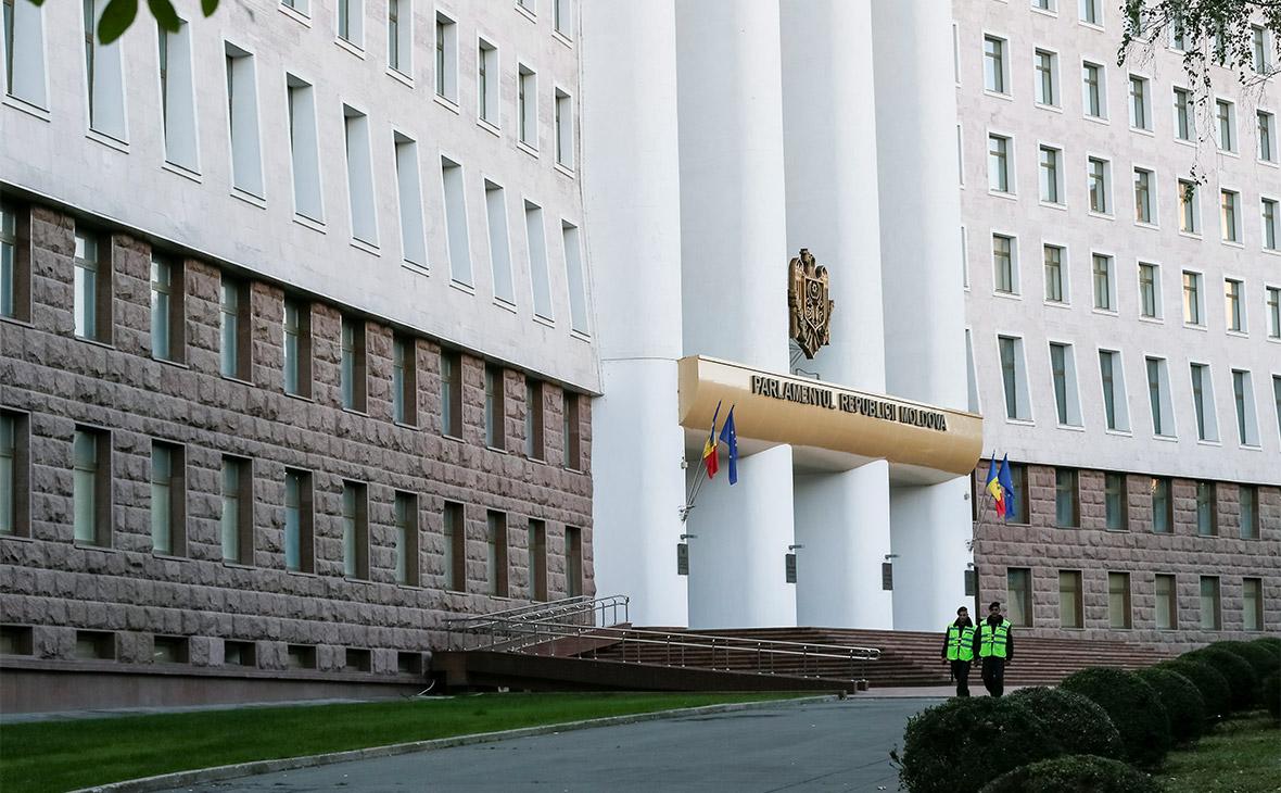В Молдавии приняли декларацию о выводе войск России из Приднестровья