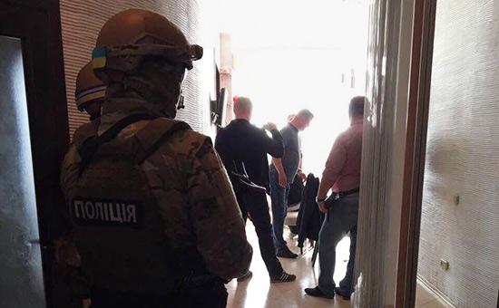Киев отчитался о самой «масштабной операции против коррупции»