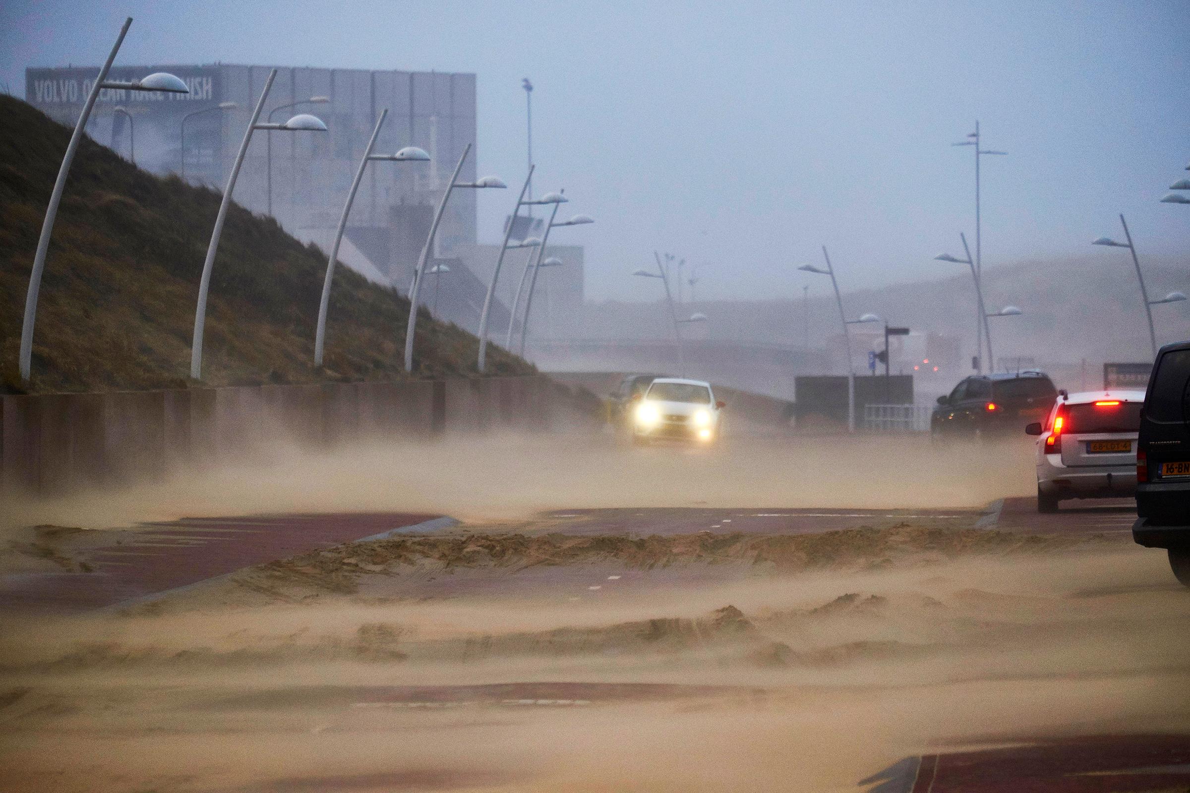 Последствия шторма «Фредерике» в Европе. Фоторепортаж