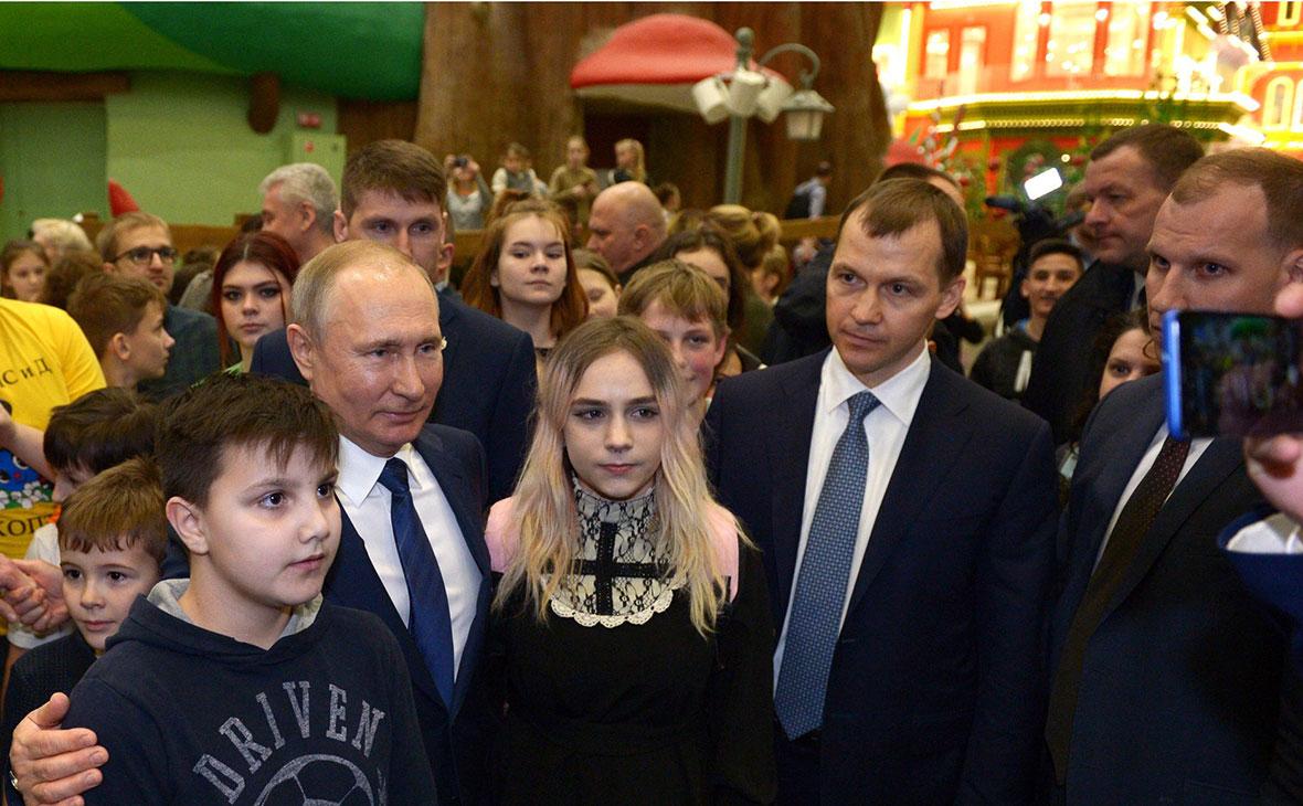 Воспитанник детдома попросил Путина помочь ему вернуться к своей бабушке