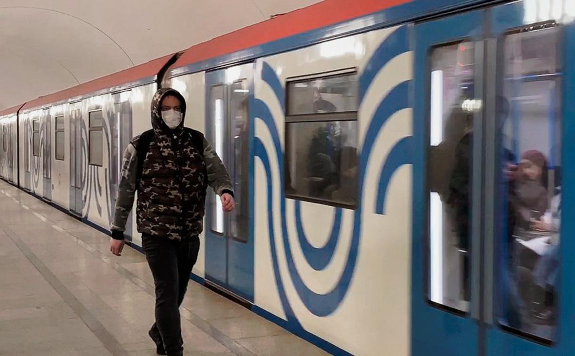 Власти Москвы не станут ограничивать работу транспорта из-за коронавируса