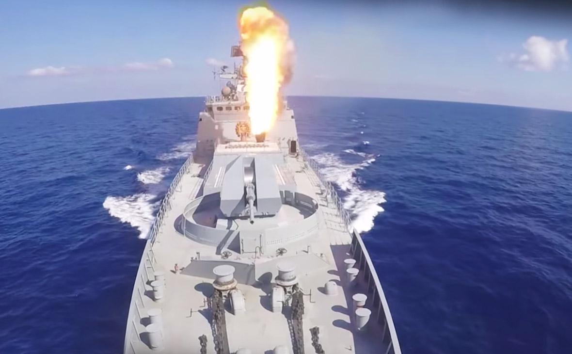 Минобороны опубликовало видео удара «Калибров» по террористам в Сирии
