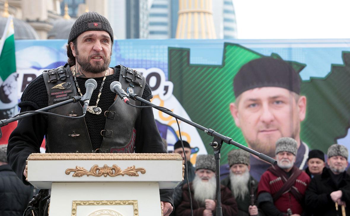 Кадыров наградил главу «Ночных волков» высшей наградой Чечни