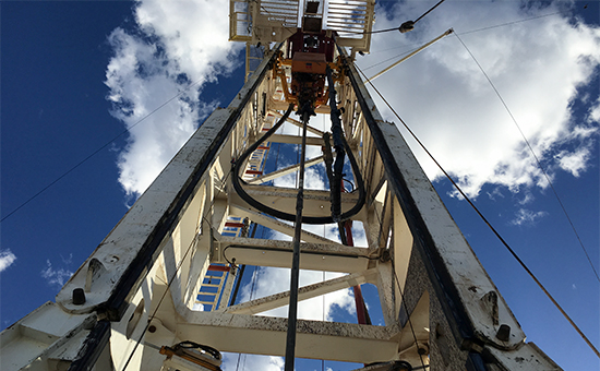 Резкое увеличение числа буровых вСША прервало рост цен нанефть