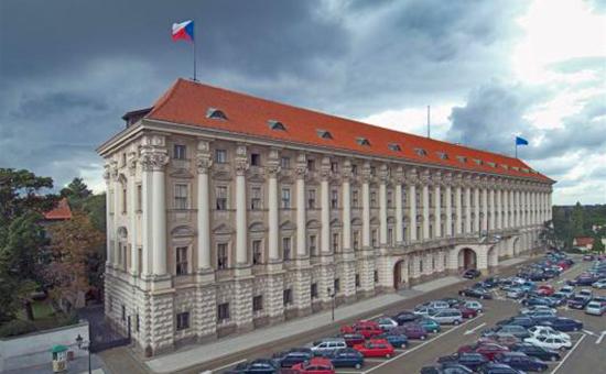 В МИД Чехии заявили опохожих навзлом серверов Демпартии США кибератаках