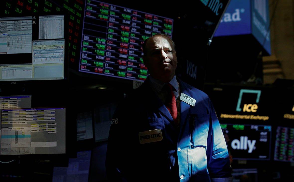СМИ назвали уходящую неделю худшей для бирж США за последнее десятилетие photo