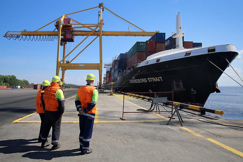 Порты Балтики показали разную динамику грузооборота