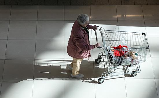 Розничные продажи в России перестали падать впервые за два года