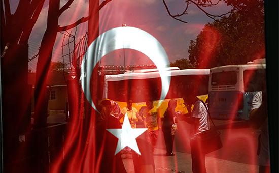 ПочемуЭрдоган неотменяет чрезвычайное положение вТурции