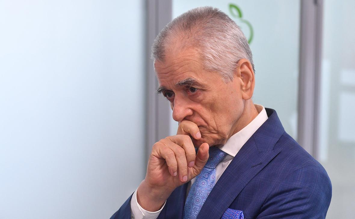 Онищенко заявил о недопустимости запретов при второй волне коронавируса