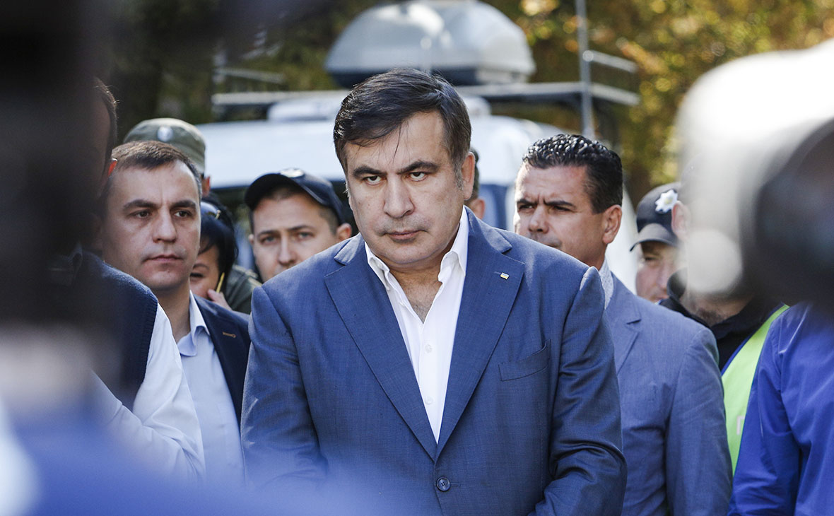 Суд признал Саакашвили виновным в нелегальном пересечении границы