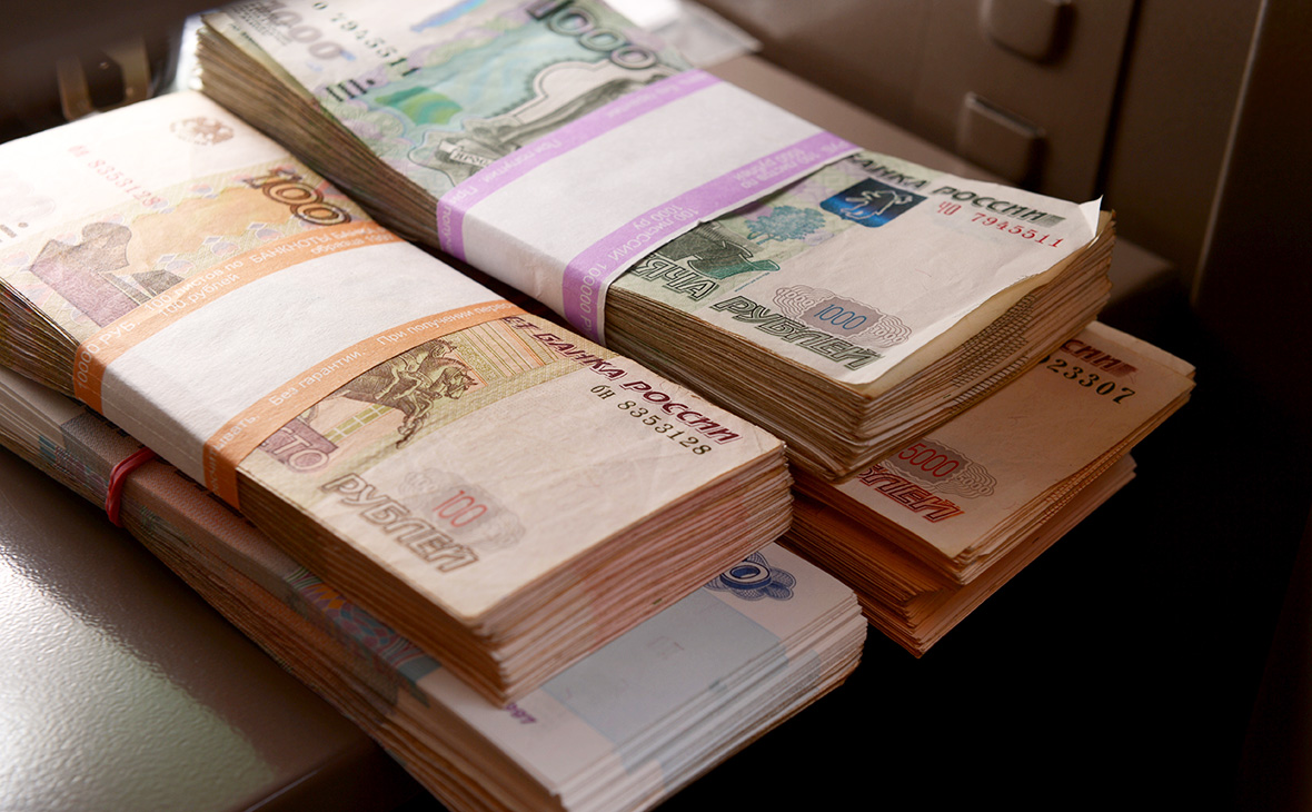 Россияне назвали достаточный для счастья уровень дохода