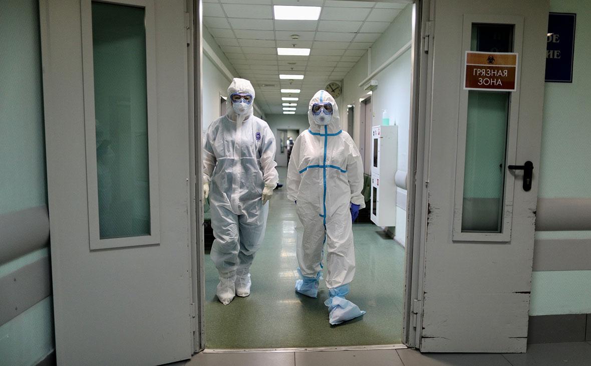 Мурашко назвал срок появления вакцины от коронавируса для медработников