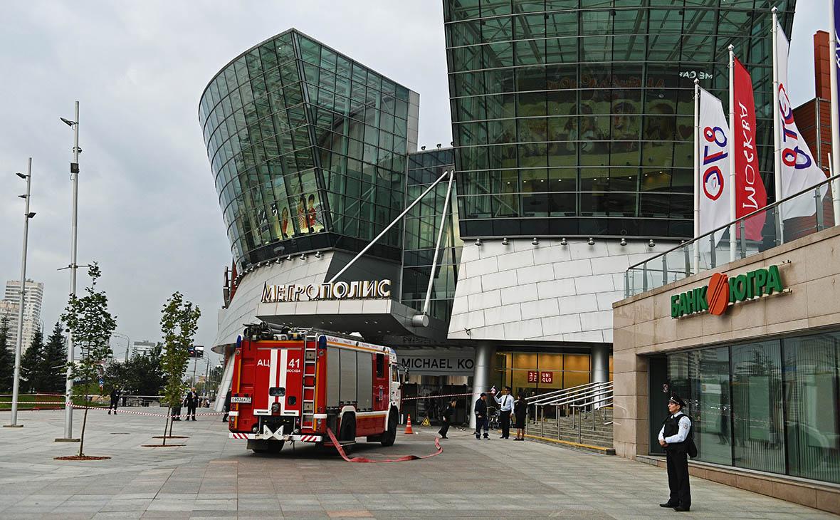 Эксперты оценили потери торговых центров из-за эвакуации
