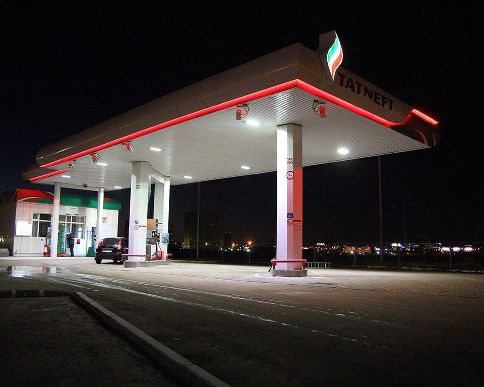 Продажи топлива на АЗС «Татнефть» выросли на 6% до 97 млрд рублей