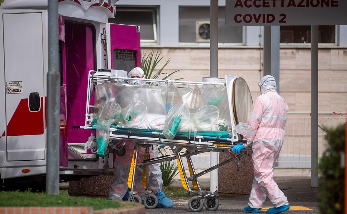 В Италии за сутки от коронавируса умерли более 470 человек