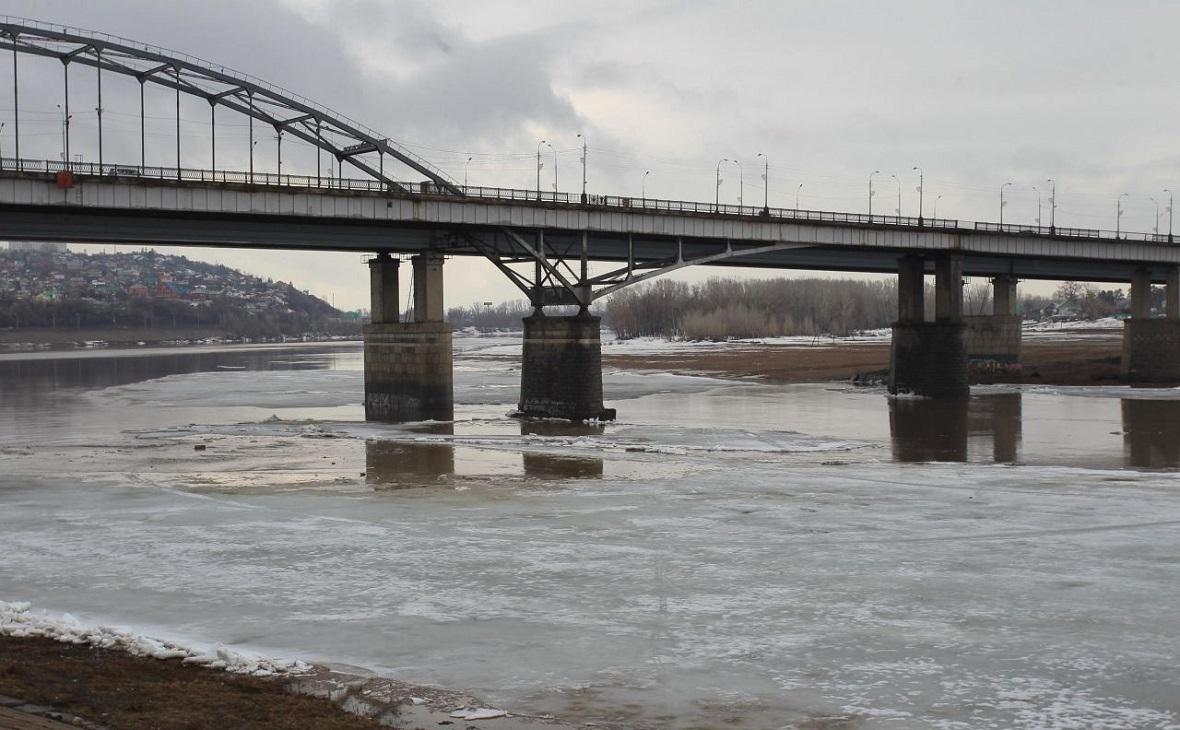 На выходные из-за морозов в Уфе перекроют старый мост через Белую