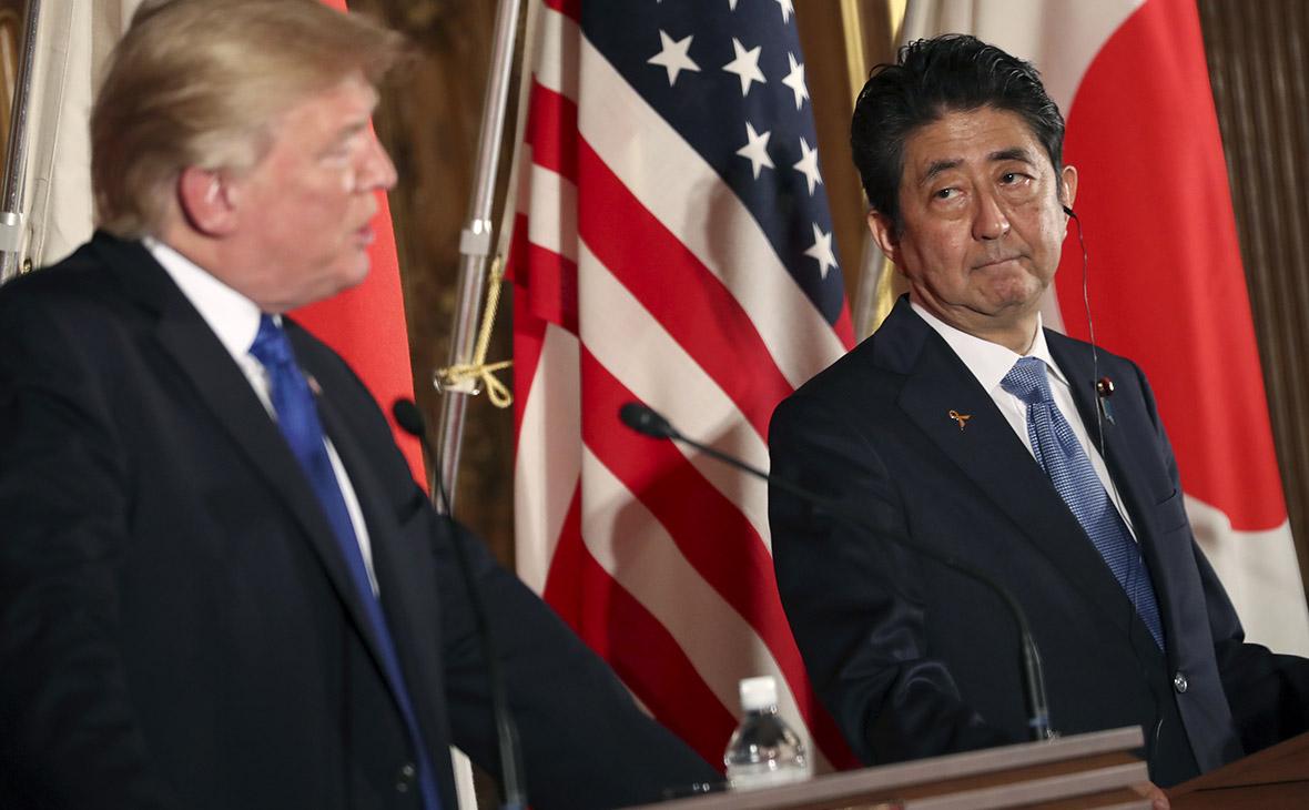 Японский премьер поддержал Трампа в допустимости войны с Северной Кореей