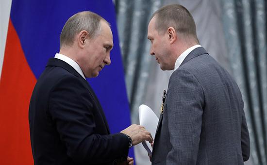 Путин отреагировал на обыски у Серебренникова фразой «Да дураки»