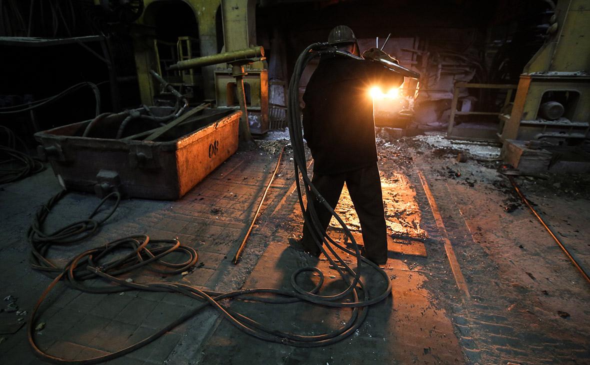 Промышленность в России упала сильнее всего с 2009 года