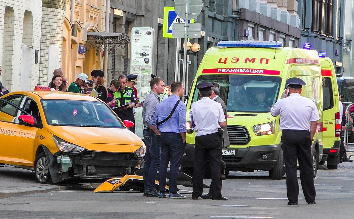 Песков сказал «отлегло от сердца» об отсутствии жертв при ДТП с такси