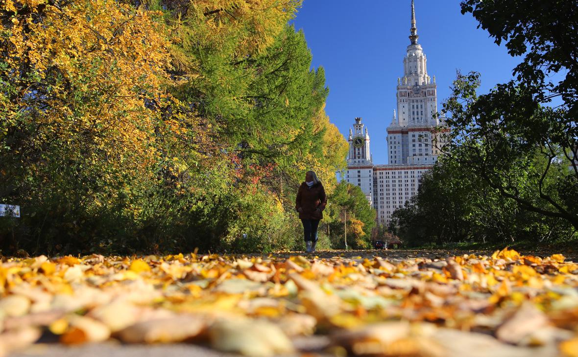 Синоптики пообещали москвичам продолжительное бабье лето