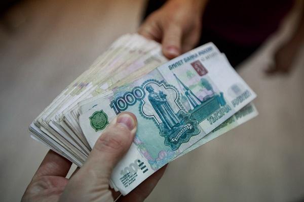 Чиновника тюменского правительства подозревают во взяточничестве