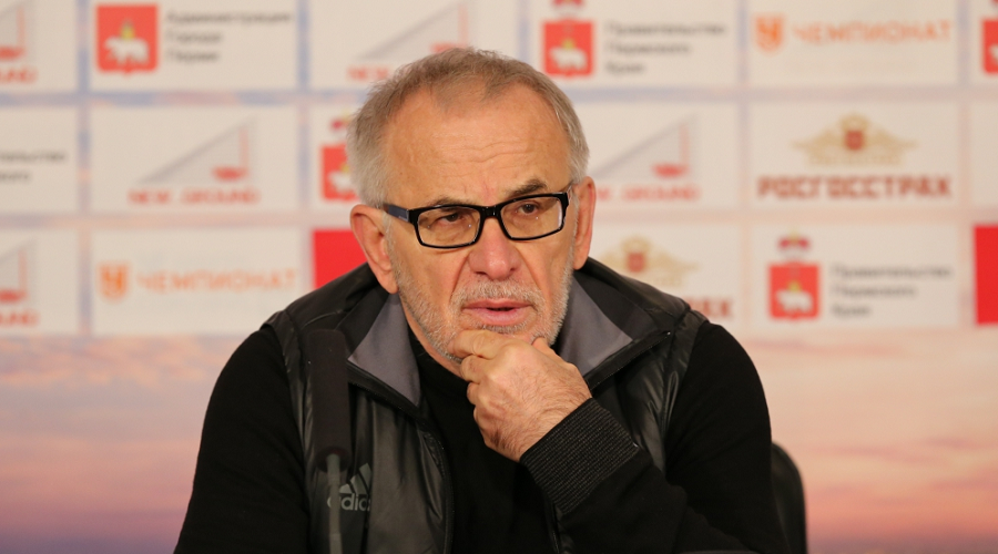 Гаджиев: «Амкар» полетит на зимние сборы, но ситуация остается прежней