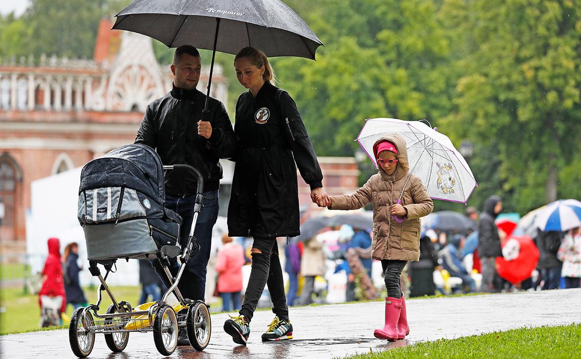 Менее 20% россиян считают уборку «женским делом»