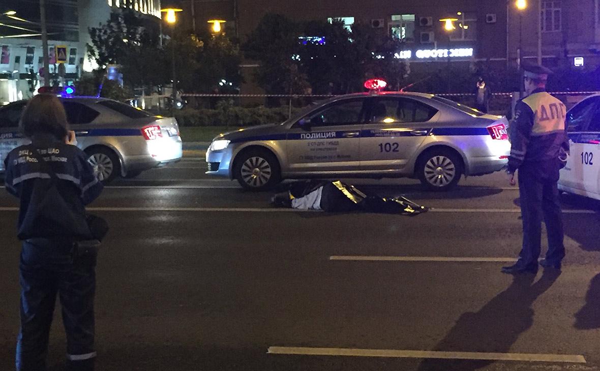 За рулем сбившего инспектора ГИБДД на Арбате Mercedes был прапорщик ФСБ
