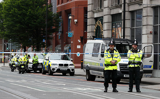 Полиция опубликовала фото устроившего теракт вМанчестере смертника