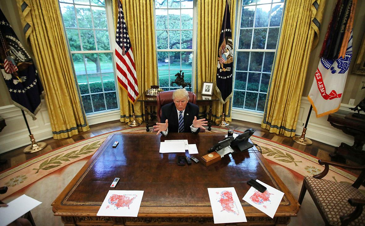 Расколовшиеся Штаты: как избиратели оценили год работы Дональда Трампа