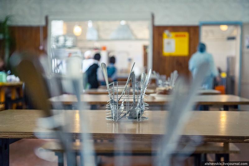 Мэрия Екатеринбурга не продаст компании, поставляющие продукты в школы