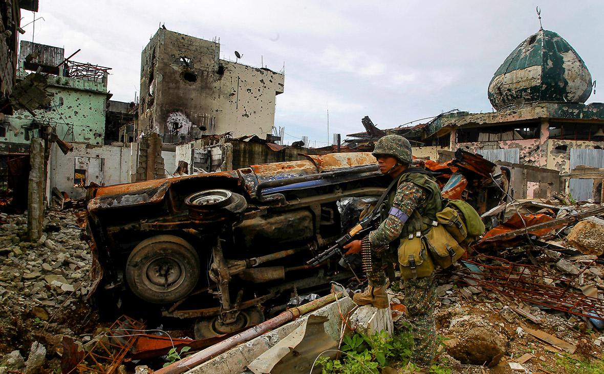 Власти Филиппин заявили об убийстве лидеров присягнувших ИГ боевиков