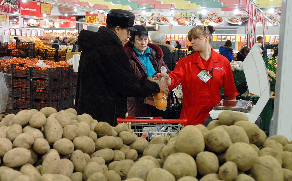 Картофель опередил все социально значимые продукты по росту цен