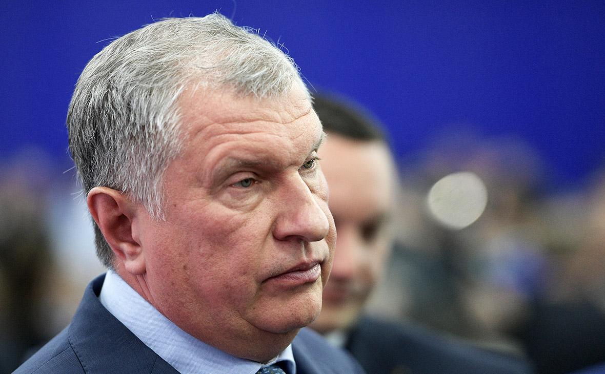 Сечин рассказал о «личном снятии» закупки ложек по 15 тыс. руб.