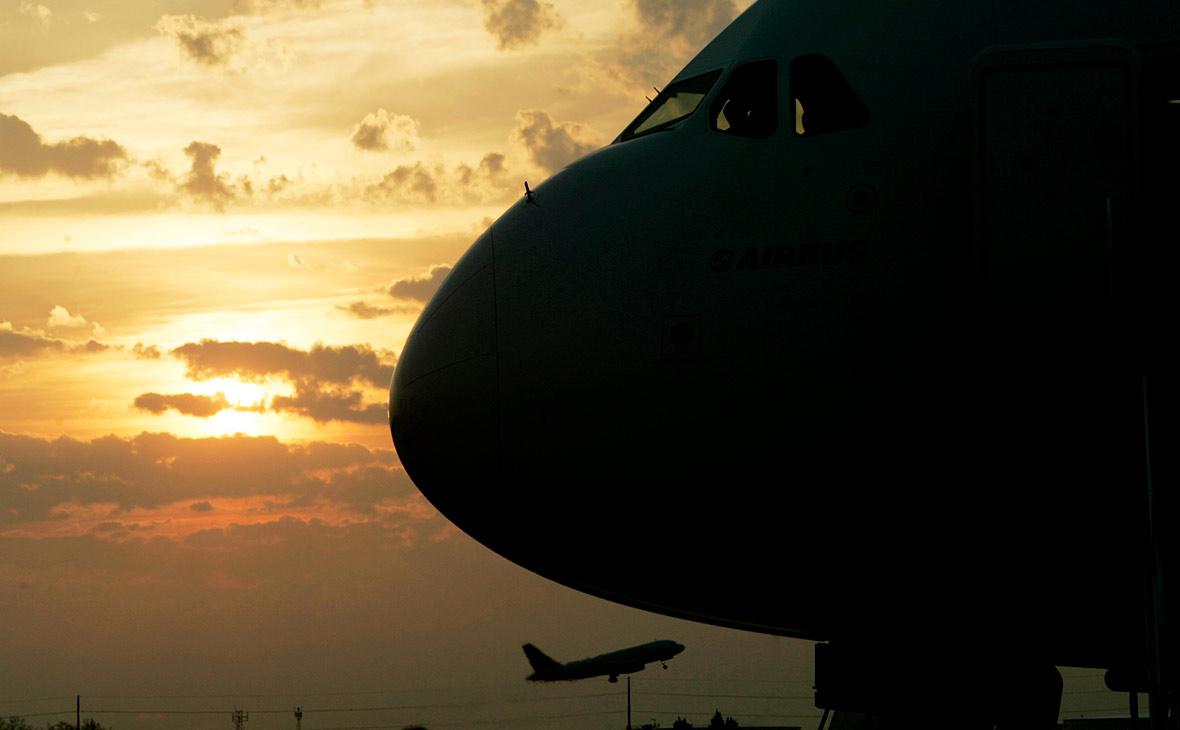 Пассажиров «ВИМ-Авиа» перевезут семь авиакомпаний