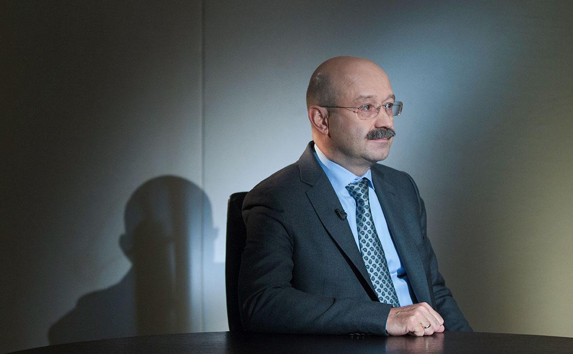 ВТБ24 решил отправить Михаила Задорнова в отставку под Новый год