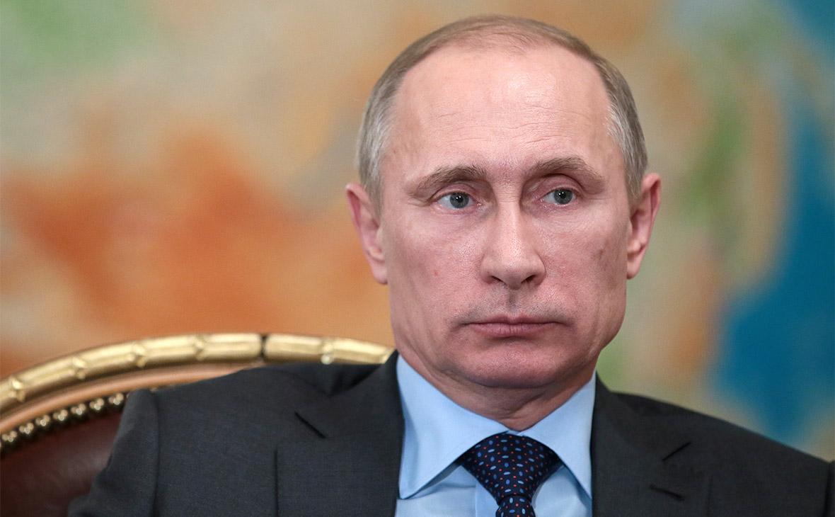 Путин подписал указ о снижении зарплаты президента России в 2018 году