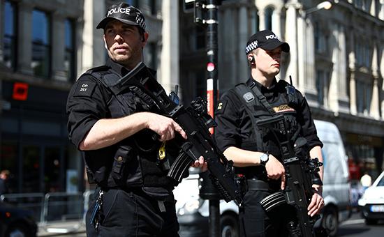 Полиция арестовала брата смертника поделу отеракте вМанчестере