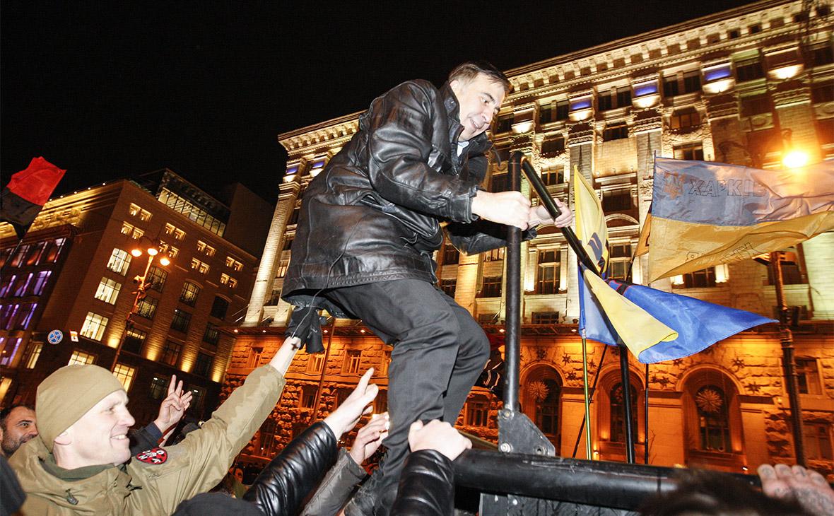Путин назвал действия Саакашвили плевком в лицо украинскому народу
