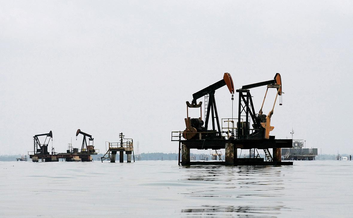 Цена барреля нефти Brent впервые с января 2017 года превысила $58