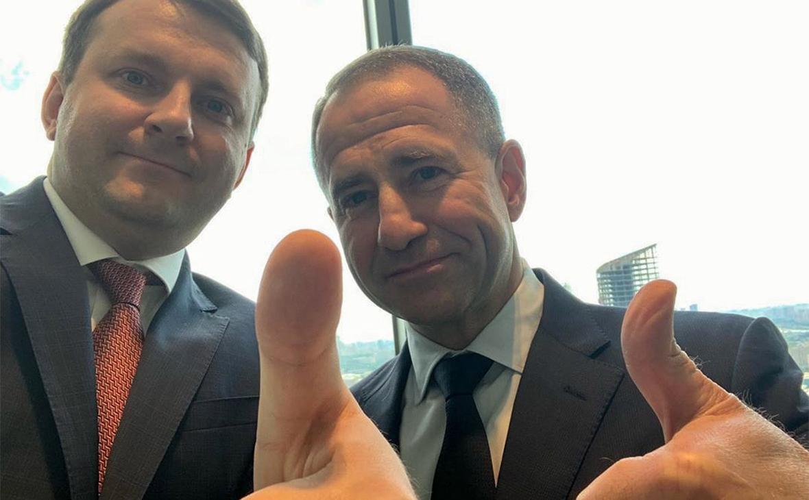 Орешкин заявил об усилении «тяжелой артиллерией» и показал фото с Бабичем