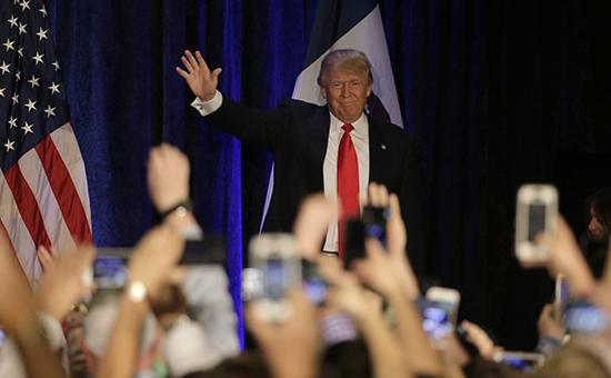 Reuters зафиксировало рекордное падение рейтинга Трампа