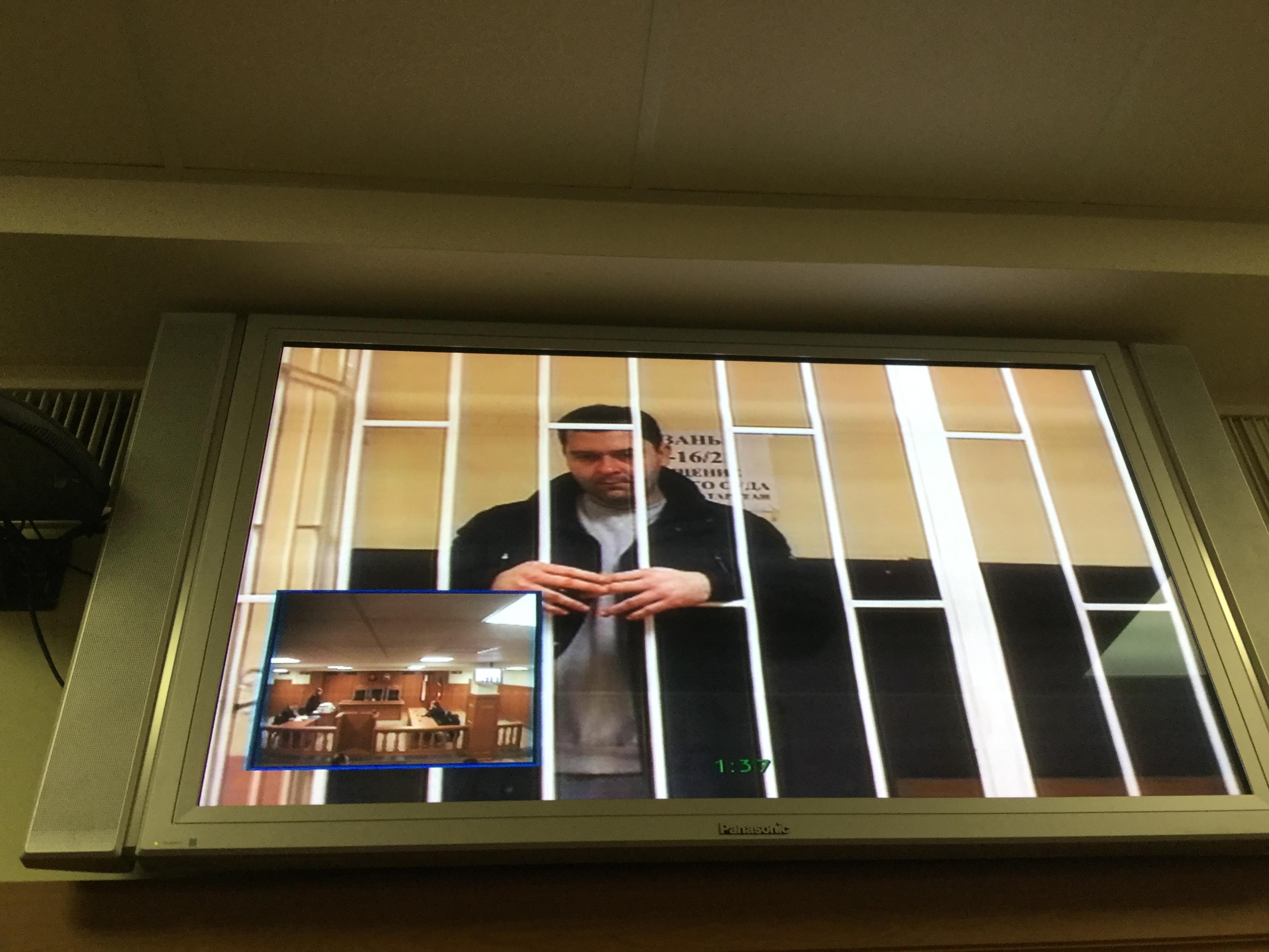 Зампред Татфондбанка останется под арестом до 2 апреля