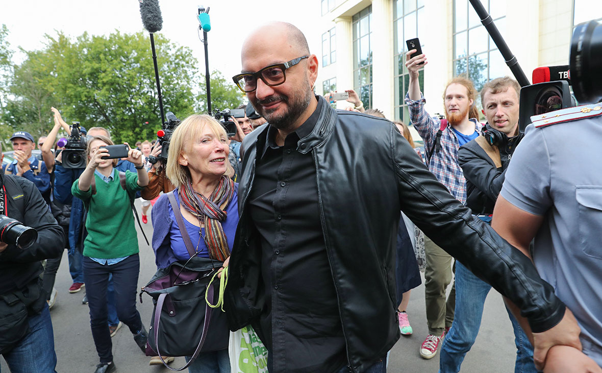 Серебренников рассказал о продолжавшейся несколько лет слежке за собой