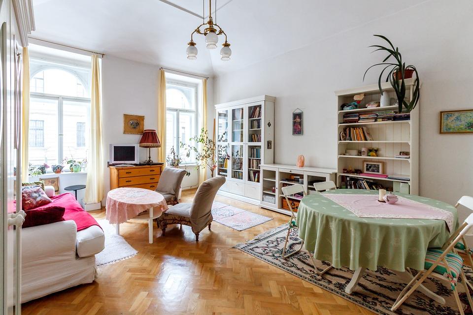 Новосибирцев интересуют дорогие районы и большие квартиры