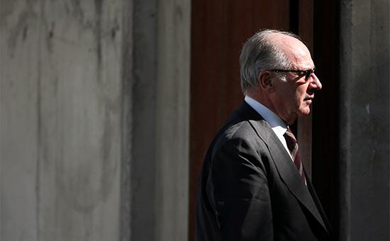 Экс-глава МВФ получил4,5 года тюрьмы замошенничество скредитками