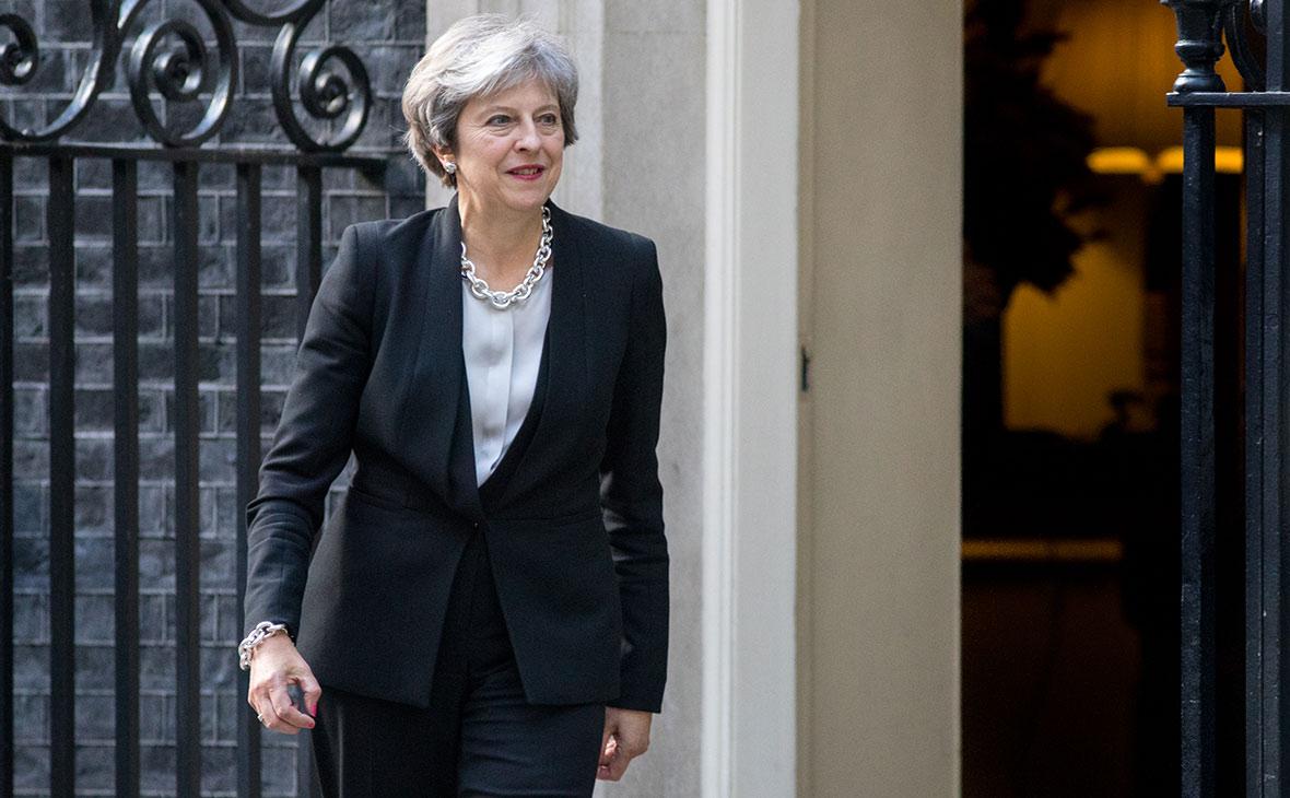 Британский депутат заявил о возможной отставке Мэй через полгода