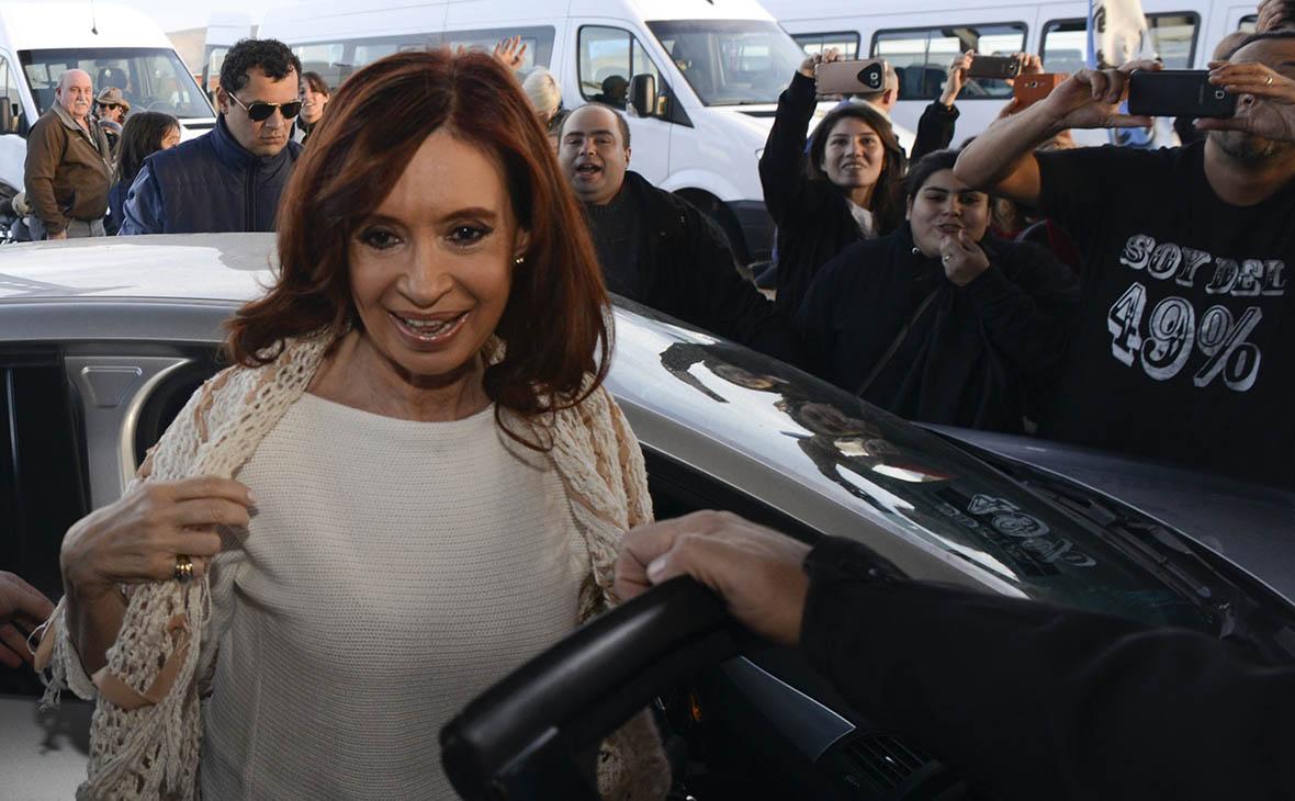 Бывшего президента Аргентины Киршнер обвинили в госизмене